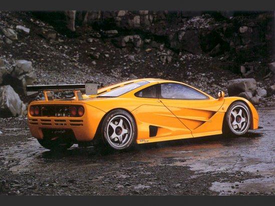 mclaren_f1_lm_1995_rear-side.jpg