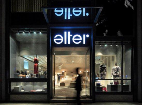 dezeen_Alter-Store-by-3Gatti_18.jpg