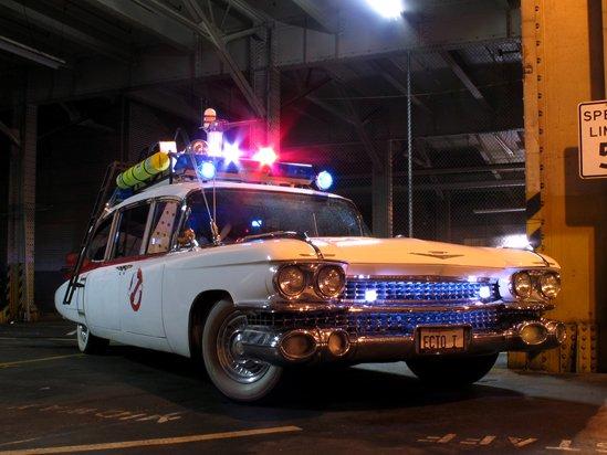 cadillac_ambulance_ectomobi.jpg