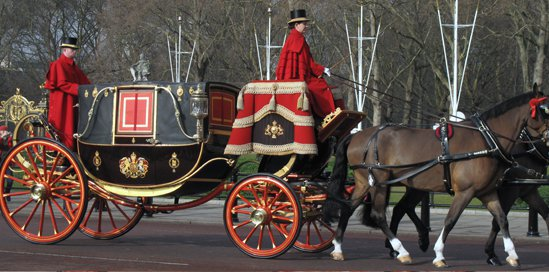 royal_carriage3.jpg